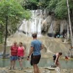 タイガーテンプル途中の滝